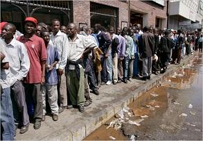 ATM lines in Zimbabwe